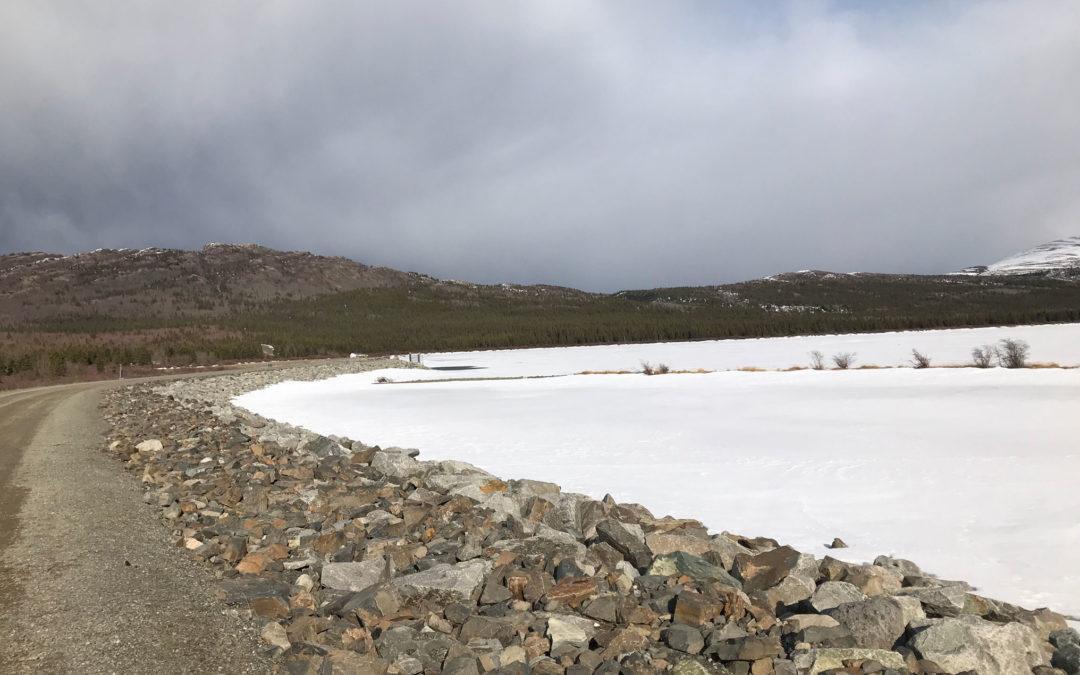 frozen lake 01