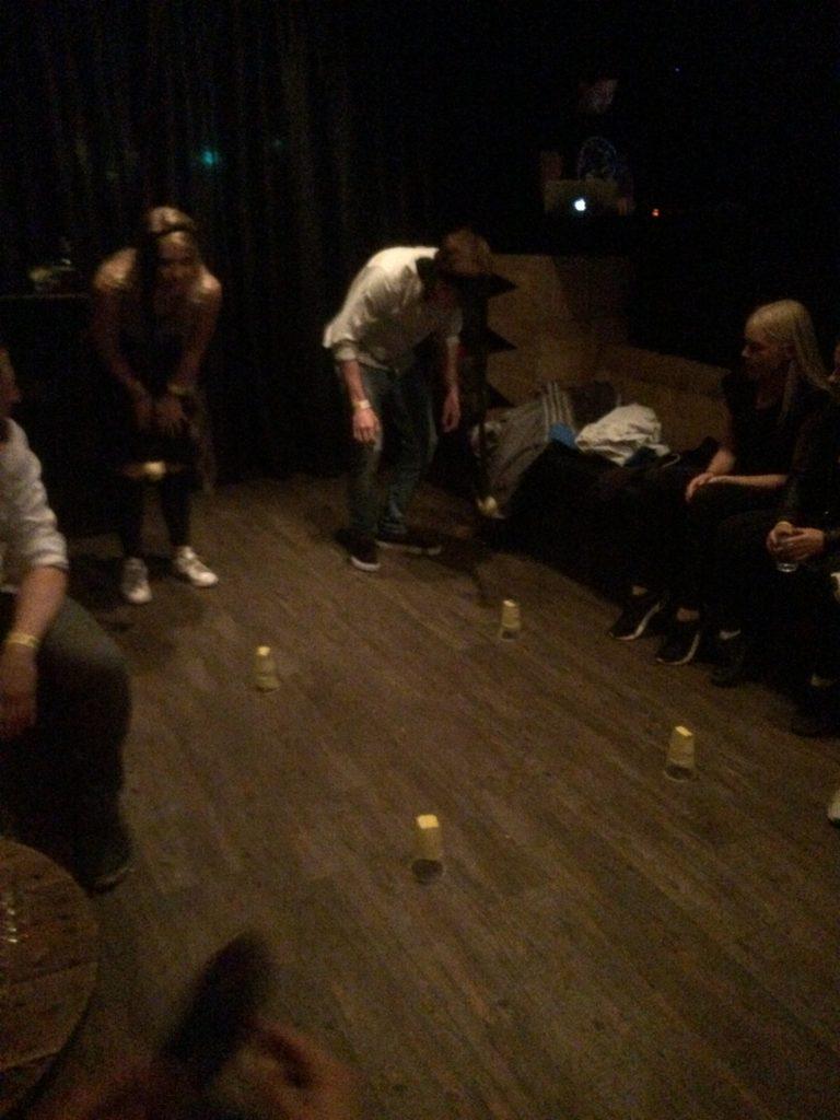 pub crawl 01