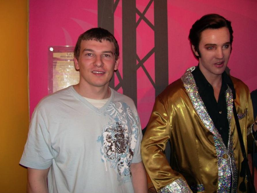Elvis 01